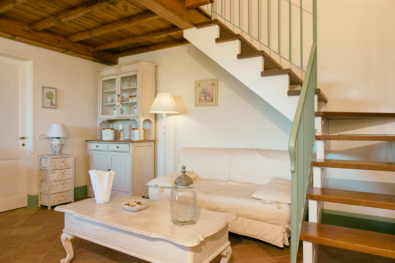 Tiglio - Holiday Apartment in Agriturismo a Perugia, Umbria
